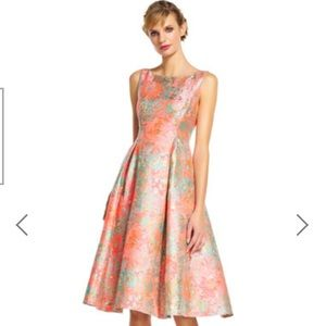 ADRIANNA PAPELL new With Tags soirée dress